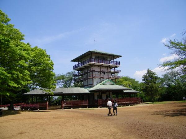 Aussichtsturm im Ikuta-Park