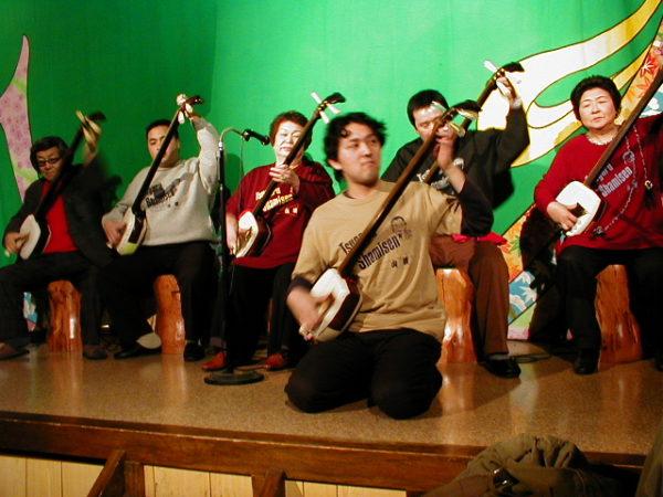Shamisen-Darbietung im Yamauta Live House