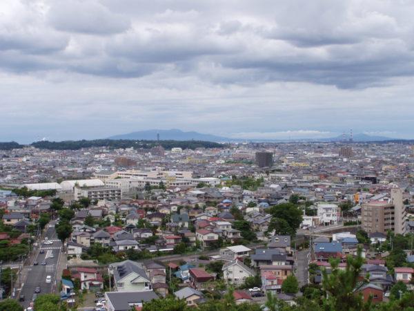 Blick von der Burgruine auf die Innenstadt