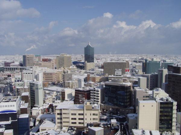 Das lebhafteste Viertel von Toyama rund um den Bahnhof