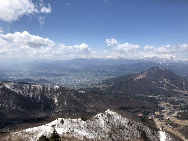 Blick vom Ryuosan auf die umliegende Bergwelt