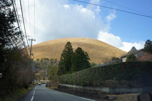 Der von unten eher unscheinbare Ōmuro-Yama
