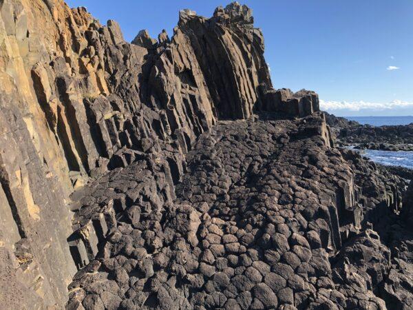 Basaltsäulen am Kap Tsumeki