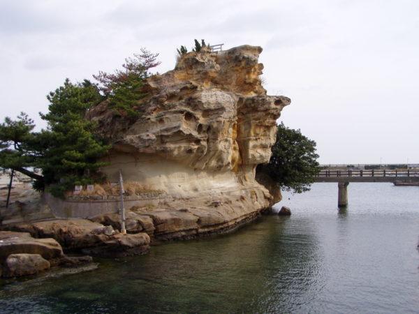 Iwaya: Die winzige Insel Ejima
