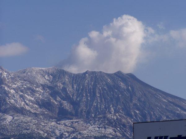 Raucht oft vor sich hin, und manchmal explodiert er auch: Der Sakurajima