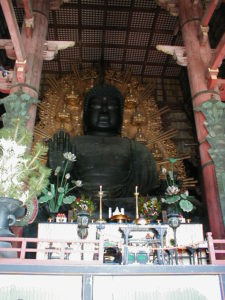 Der grosse Buddha im Todai-ji