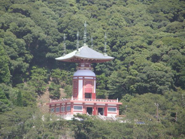 Der Yakuou-Tempel in Hiwasa