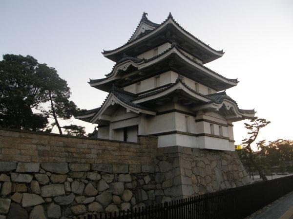 Der Tsukimi-Eckturm der Tamamo-Burg