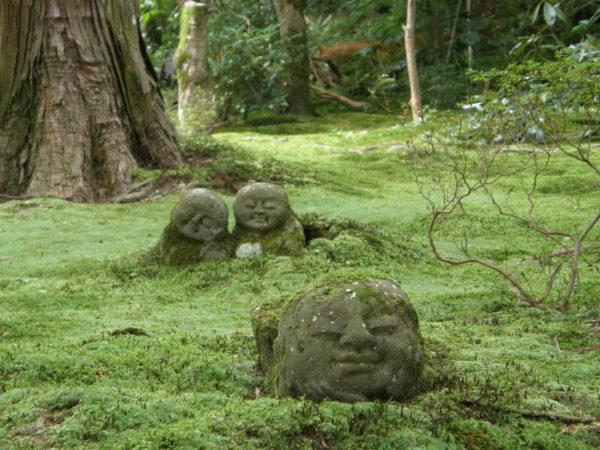 Skulpturen im Sanzenin