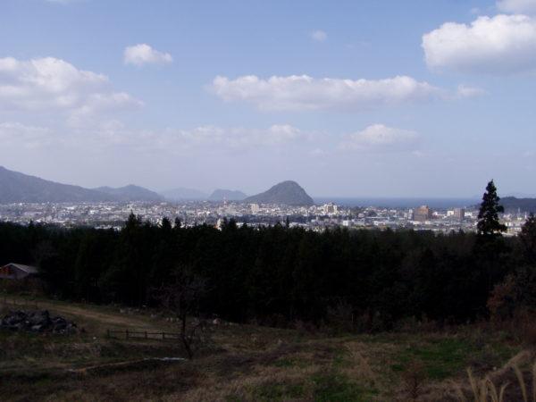 Blick Richtung Meer und Shizuki-Berg