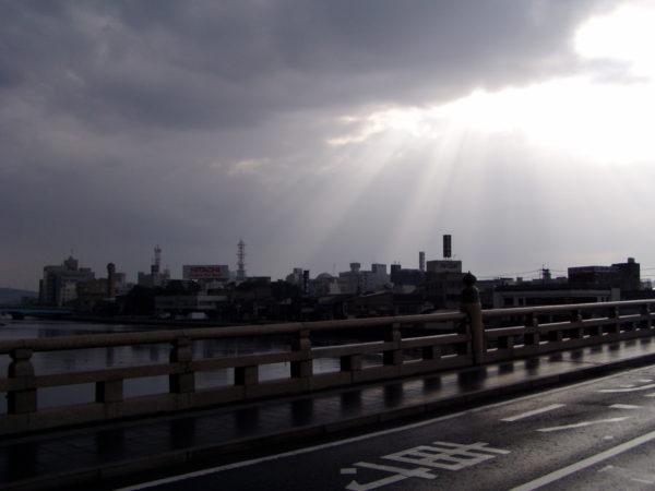Die Ōhashi-Brücke im Zentrum