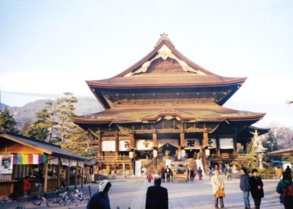Haupthalle des Zenkō-ji