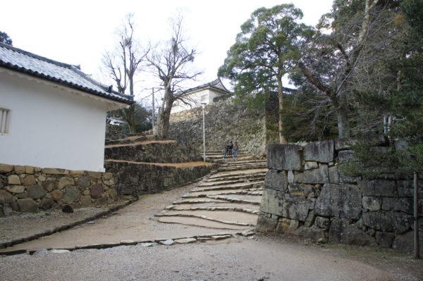 Aufstieg zum Schloss von Hikone