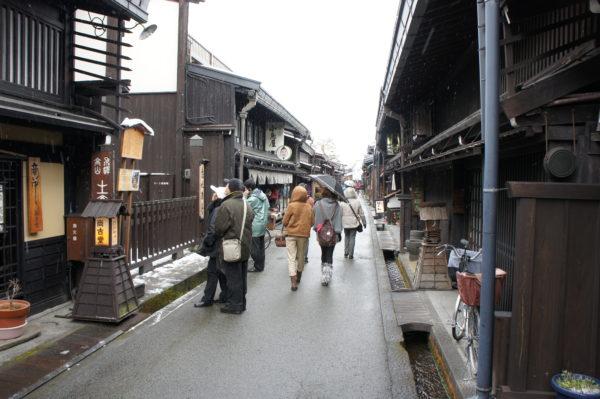 Traditionelle Strasse nahe der Nakabashi-Brücke