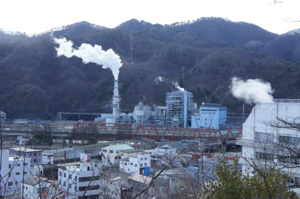 Die Stahlindustrie dominiert das Stadtbild