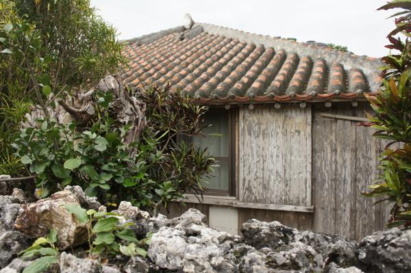 Wettergegerbtes Haus