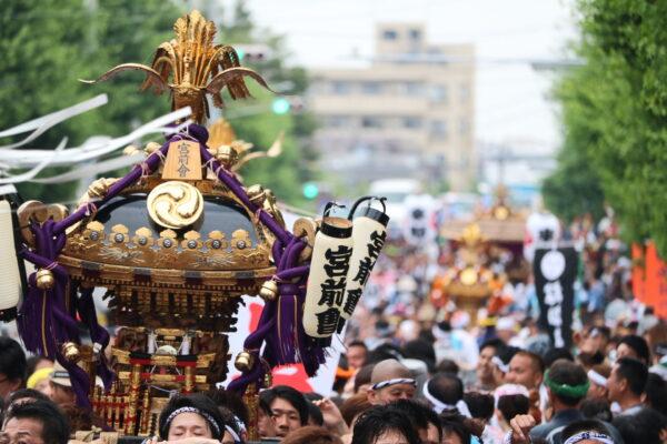 Beim Sanja-Matsuri in Urayasu