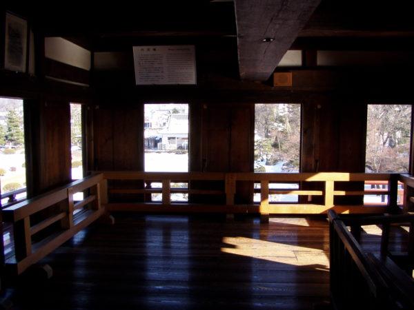 Im Inneren des 'Tsukimi', dem Mondscheinzimmer, in der Burg von Matsumoto