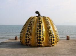 Wahrzeichen der Insel: Einer der Kürbisse von Kusama