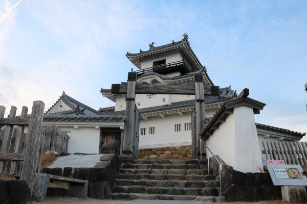 Die kleine, aber feine Burg von Kakegawa