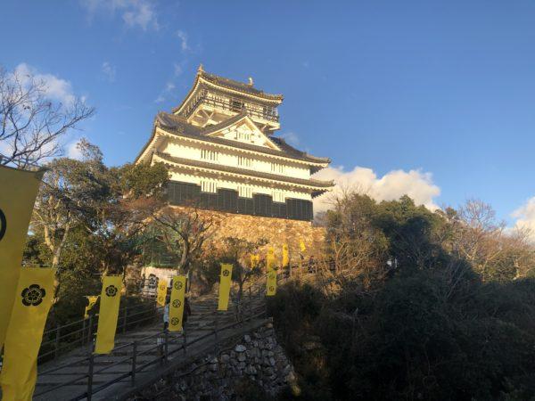 Der Nachbau der Burg Gifu von Nahem