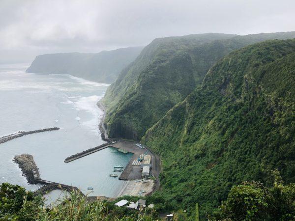 Der Fischereihäfen von Sueyoshi Hachijōjima