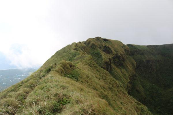 Auf dem Krater - der Weg ist schmal