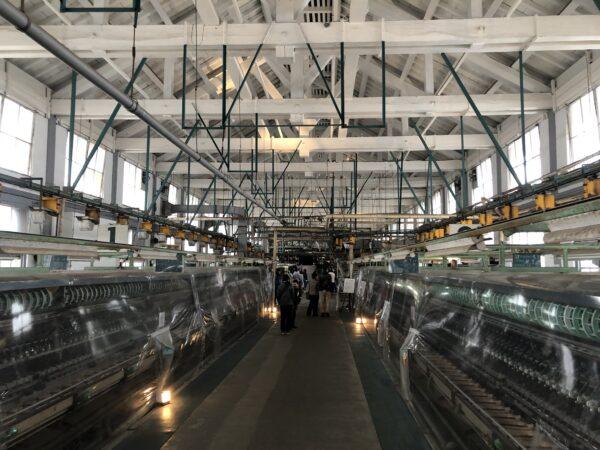 Produktionsstrasse - hier wurden die Fäden aus den Kokons gesponnen