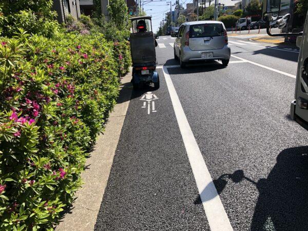 Nervt: Mopeds auf der Radspur. Und in Tokyo wimmelt es nur so vor Mopeds.